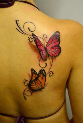 tatuajes de flores y mariposas